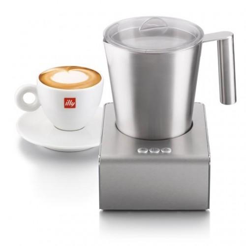 illy Cappuccinatore tejhabosító gép